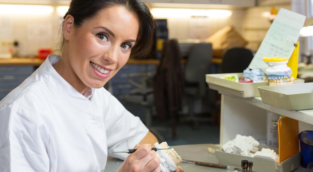 Prótesis dentales: Tipos y precios. Precio prótesis dentales en Madrid