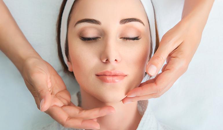 Hilos tensores para rejuvenecer tu rostro y parar los signos del envejecimiento